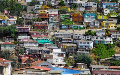 Die farbenfrohen Häuser von Valparaiso